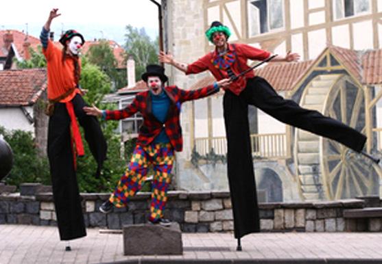 Domexpo - clowns jongleurs