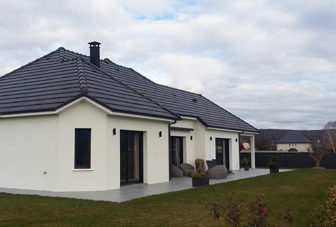 black tendance ou la mode des toitures fonc es ma future maison. Black Bedroom Furniture Sets. Home Design Ideas